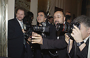 Mike Figgis, Dave Bennet, Richard young and James Peltekian. David Bailey dinner hosted by Lucy Yeomans at Gordon Ramsay at Claridge's. 12 November 2001. © Copyright Photograph by Dafydd Jones 66 Stockwell Park Rd. London SW9 0DA Tel 020 7733 0108 www.dafjones.com