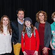 NLD/Amsterdam/20130214 - Premiere musical Peter Pan, Bart Bosch, partner Mera Arendse en kinderen Steffie, Noah Djim