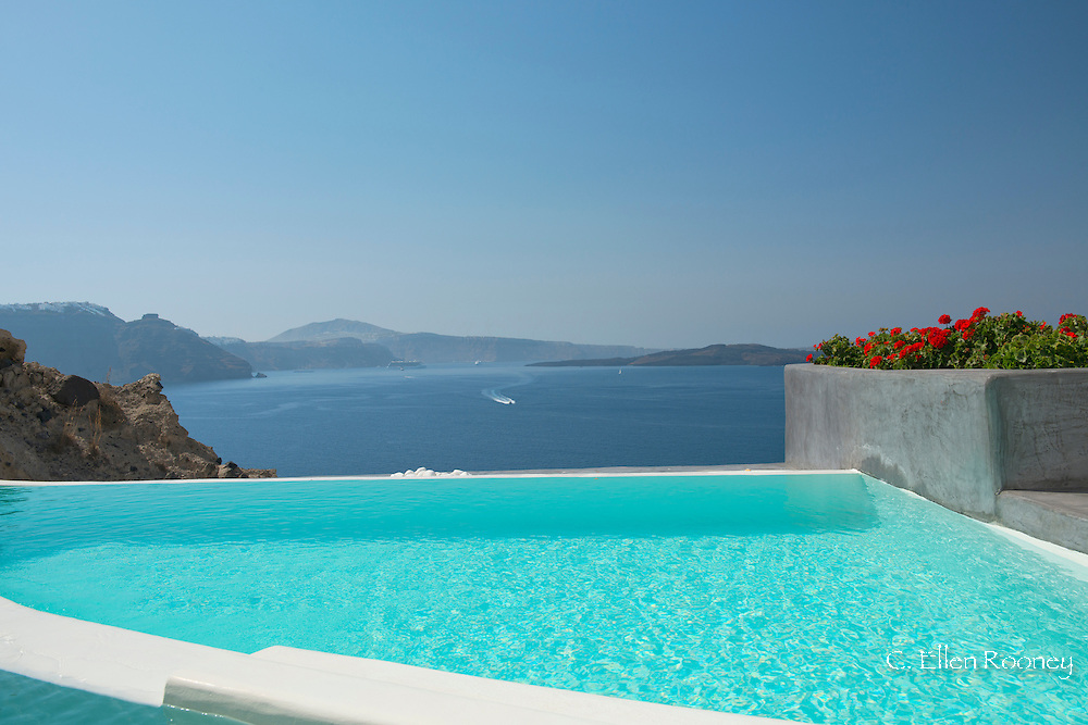 A swimming pool overlooking the caldera Oia, Santorini, The Cyclades, The Aegean, The Greek Islands, Greece, Europe