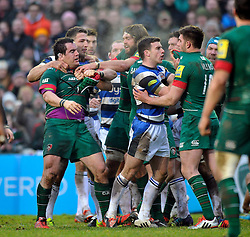Tempers flare between both teams - Photo mandatory by-line: Patrick Khachfe/JMP - Mobile: 07966 386802 04/01/2015 - SPORT - RUGBY UNION - Leicester - Welford Road - Leicester Tigers v Bath Rugby - Aviva Premiership