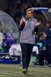 MARIBOR, SLOVENIA - Tuesday, October 17, 2017: Liverpool's manager Jürgen Klopp during the UEFA Champions League Group E match between NK Maribor and Liverpool at the Stadion Ljudski vrt. (Pic by David Rawcliffe/Propaganda)