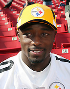 TAMPA, FL - JANUARY 27: Wide receiver Santonio Holmes #10 of the AFC Pittsburgh Steelers speaks to the media during Super Bowl XLIII Media Day at Raymond James Stadium on January 27, 2009 in Tampa, Florida. ©Paul Anthony Spinelli *** Local Caption *** Santonio Holmes