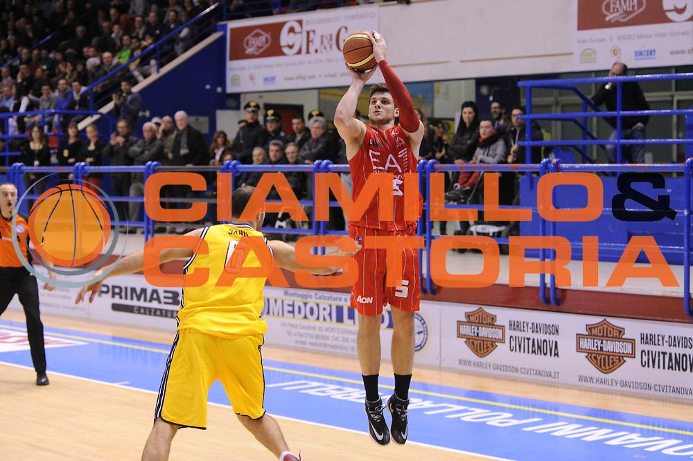 DESCRIZIONE : Porto San Giorgio Lega A 2013-14 Sutor Montegranaro EA7 Emporio Armani Milano<br /> GIOCATORE : Alessandro Gentile<br /> CATEGORIA : tiro three points<br /> SQUADRA : Sutor Montegranaro EA7 Emporio Armani Milano<br /> EVENTO : Campionato Lega A 2013-2014<br /> GARA : Sutor Montegranaro EA7 Emporio Armani Milano<br /> DATA : 24/03/2014<br /> SPORT : Pallacanestro <br /> AUTORE : Agenzia Ciamillo-Castoria/C.De Massis<br /> Galleria : Lega Basket A 2013-2014  <br /> Fotonotizia : Porto San Giorgio Lega A 2013-14 Sutor Montegranaro EA7 Emporio Armani Milano<br /> Predefinita :