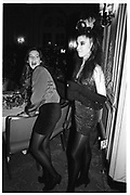 Tamara Beckwith.  Belinda Northcliffe. Berkeley Dress Show Savoy 10/4/89. © Copyright Photograph by Dafydd Jones 66 Stockwell Park Rd. London SW9 0DA Tel 020 7733 0108 www.dafjones.com