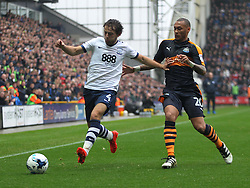 Ben Pearson of Preston North End (L) and Yoan Gouffran of Newcastle United in action - Mandatory by-line: Jack Phillips/JMP - 29/10/2016 - FOOTBALL - Deepdale - Preston, England - Preston North End v Newcastle United - EFL Championship
