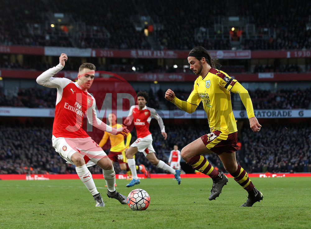 George Boyd of Burnley takes on Calum Chambers of Arsenal - Mandatory byline: Robbie Stephenson/JMP - 30/01/2016 - FOOTBALL - Emirates Stadium - London, England - Arsenal v Burnley - FA Cup Forth Round