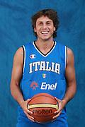 DESCRIZIONE : Bormio Raduno Collegiale Nazionale Maschile i posati dei giocatori <br /> GIOCATORE : Marco Mordente <br /> SQUADRA : Nazionale Italia Uomini <br /> EVENTO : Raduno Collegiale Nazionale Maschile <br /> GARA : <br /> DATA : 19/07/2008 <br /> CATEGORIA : Ritratto <br /> SPORT : Pallacanestro <br /> AUTORE : Agenzia Ciamillo-Castoria/S.Ceretti <br /> Galleria : Fip Nazionali 2008 <br /> Fotonotizia : Bormio Raduno Collegiale Nazionale Maschile i posati dei giocatori <br /> Predefinita :