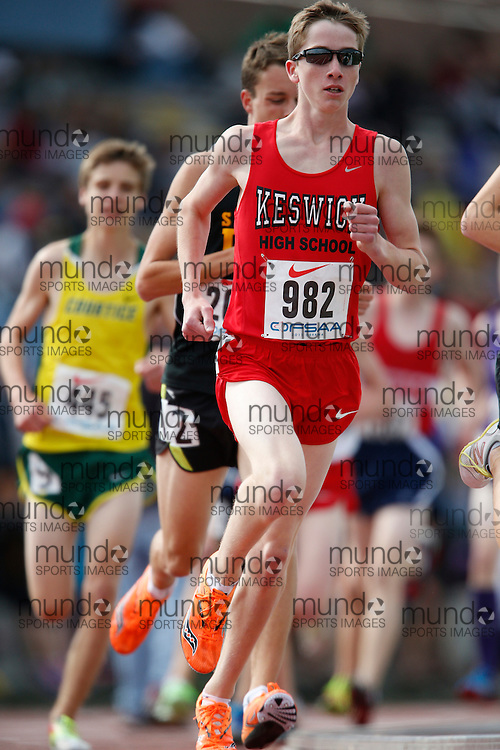 Thomas Gallagher of Keswick HS - Keswick competes in the midget boys 3000m at the 2013 OFSAA Track and Field Championship in Oshawa Ontario, Saturday, June 8, 2013.<br /> Mundo Sport Images/ Geoff Robins