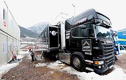 28.02.2013, Wlochy, Val Di Fiemme, ITA, FIS Weltmeisterschaften Ski Nordisch, Norwegens berühmter Servicemann LKW, im Bild Mistrzostwa Swiata w narciarstwie klasycznym // during the FIS Nordic Ski world Championships 2013,Wlochy, Val di Fiemme, Italy on 2013/02/28. EXPA Pictures © 2013, PhotoCredit: EXPA/ Newspix/ Irek Dorozanski..***** ATTENTION - for AUT, SLO, CRO, SRB, BIH, TUR, SUI and SWE only *****
