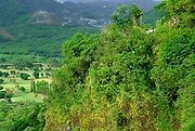 Image of Nuuanu Pali State Park with view of the lush valley from the Nuuanu Pali Lookout, Oahu, Hawaii, America West