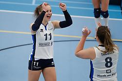 20180331 NED: Eredivisie Sliedrecht Sport - Regio Zwolle, Sliedrecht <br />Ana Rekar (11) of Sliedrecht Sport, Lynn Thijssen (8) of Sliedrecht Sport <br />©2018-FotoHoogendoorn.nl / Pim Waslander