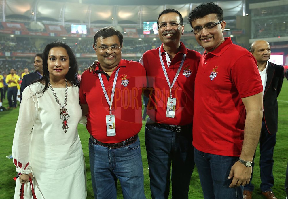Sourav Ganguly, former Indian cricket player and co-owner Atletico de Kolkata    with co owners of Atletico de Kolkata during the final of the Hero Indian Super League between Kerala Blasters FC and Atletico de Kolkata held at the D.Y. Patil Stadium, Navi Mumbai, India on the 2oth December 2014.<br /> <br /> Photo by:  Sandeep Shetty / ISL/ SPORTZPICS