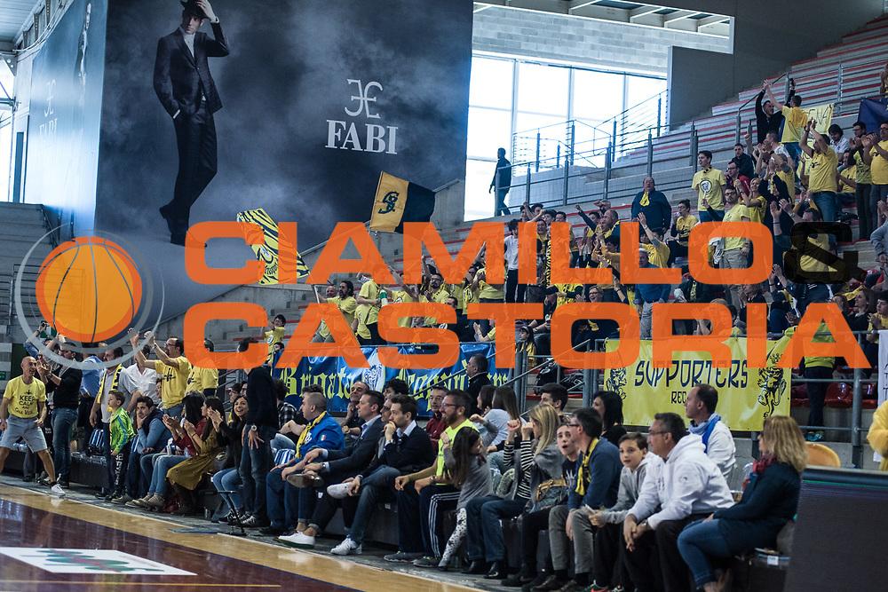 Tifosi Recanati<br /> U.S. Basket Recanati - Kontatto Fortitudo Basket Bologna<br /> Lega Nazionale Pallacanestro 2016/2017<br /> Recanati 09/04/2017<br /> Foto Ciamillo-Castoria