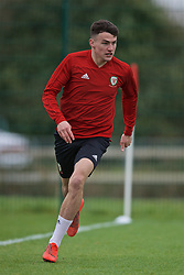 NEWPORT, WALES - Thursday, March 21, 2019: Wales' Regan Poole during an Under-21 training session at Dragon Park. (Pic by David Rawcliffe/Propaganda)