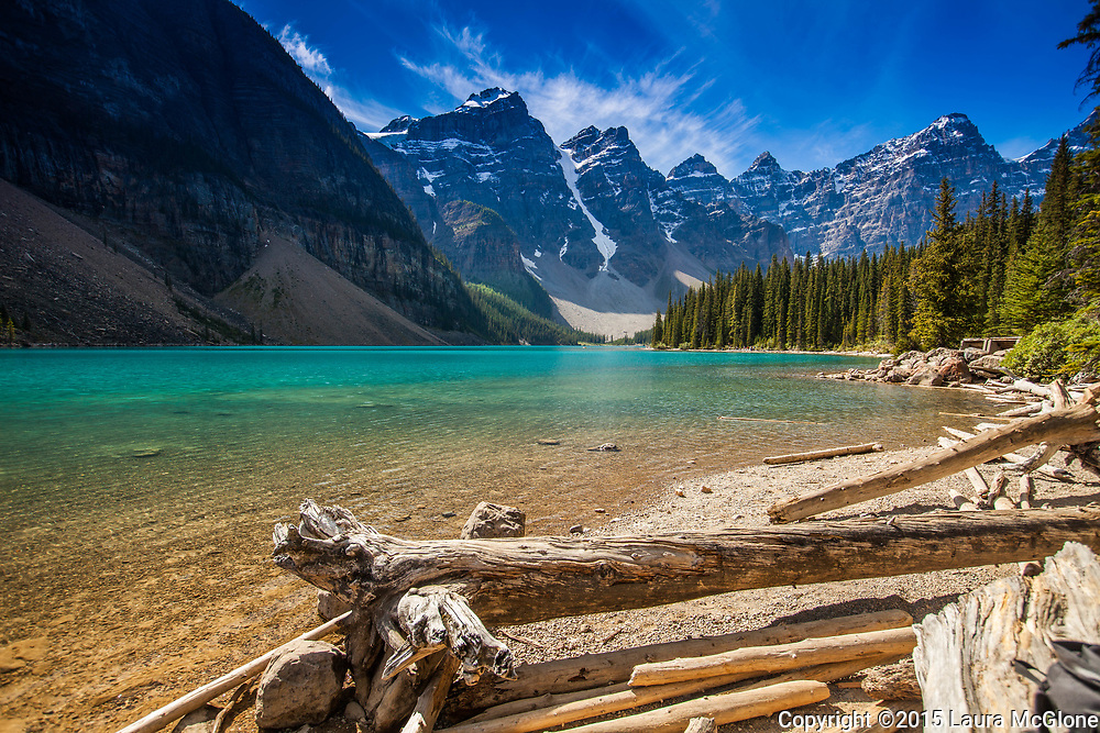 Moraine Lake, Alberta Rocky Mountains, Canada