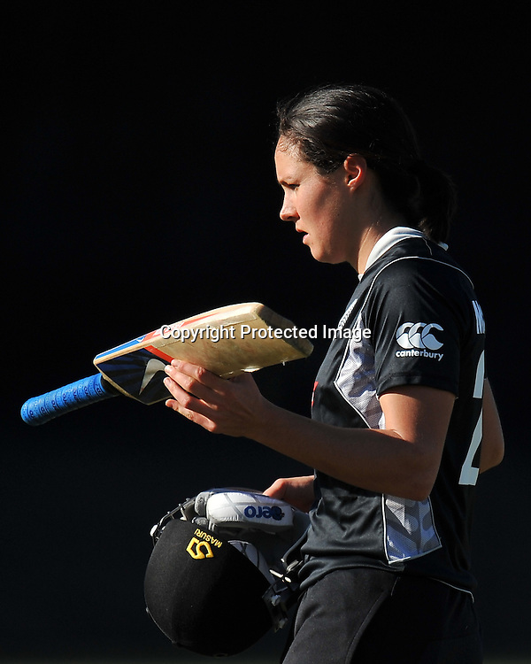 Sara McGlashan walks off Alan Border Field after being caught at Mid Wicket ~ Game 7 (ODI) of the Rose Bowl Trophy Cricket played between Australia and New Zealand at Alan Border Field in Brisbane (Australia) ~ Thursday 16th June 2011 ~ Photo : Steven Hight (AURA Images) / Photosport