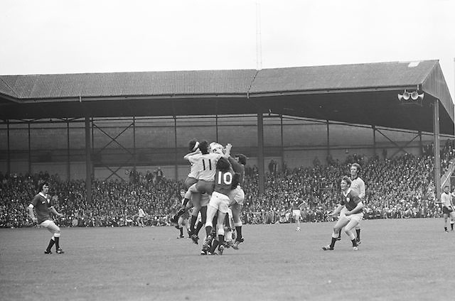 A large group of players all jump to grab the ball during the All Ireland Senior Gaelic Football Championship Final Dublin V Galway at Croke Park on the 22nd September 1974. Dublin 0-14 Galway 1-06.