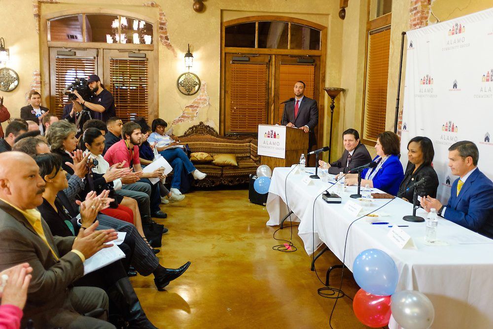 San Antonio Mayoral debate held Wednesday, March 4, 2015 at the Meadows at Bentley Apartments. (Photo©Bahram Mark Sobhani)