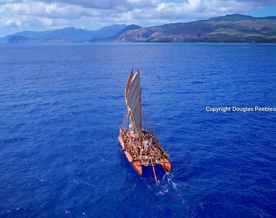 Sailing Canoe, Oahu, Hawaii, (editorial use only)<br />