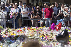 May 26, 2017 - Manchester, ENGLAND - MANCHESTER   , UK. . .A sea of flowers and balloons in St Ann's Square , Manchester , today (Friday 26th May 2017) as people gather to remember the victims of the terrorist bomb attack on Monday at the Manchester Arena. (Credit Image: © Chris Bull/London News Pictures via ZUMA Wire)