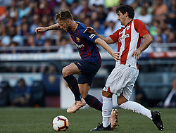 September 29, 2018 - Barcelona, Barcelona, Spain - Ivan Rakitic (L) of FC Barcelona competes for the ball with Mikel San Jose Dominguez of Athletic Club de Bilbao during the La Liga match between FC Barcelona and Athletic Club de Bilbao at Camp Nou on September 29, 2018 in Barcelona, Spain  (Credit Image: © David Aliaga/NurPhoto/ZUMA Press)