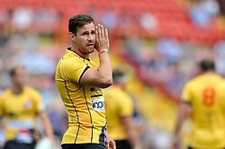 Kieran Hallett of Cornish Pirates has a word with his backline - Photo mandatory by-line: Patrick Khachfe/JMP - Mobile: 07966 386802 21/09/2014 - SPORT - RUGBY UNION - Bristol - Ashton Gate - Bristol Rugby v Cornish Pirates - GK IPA Championship.