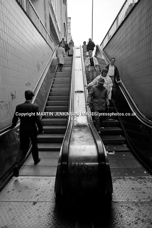 Escalator leading from the Hole in the road to the High Street, Sheffield 05-02-1990.