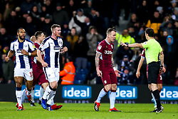 Glenn Whelan of Aston Villa complains to the referee over Jay Rodriguez of West Bromwich Albion late goal - Mandatory by-line: Robbie Stephenson/JMP - 07/12/2018 - FOOTBALL - The Hawthorns - West Bromwich, England - West Bromwich Albion v Aston Villa - Sky Bet Championship