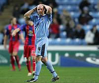 Photo: Lee Earle.<br /> Coventry City v Crystal Palace. Coca Cola Championship. 13/01/2007.Coventry's Robert Page looks dejected as they trail Palace.