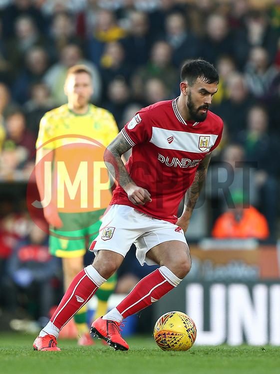 Marlon Pack of Bristol City on the ball - Mandatory by-line: Arron Gent/JMP - 23/02/2019 - FOOTBALL - Carrow Road - Norwich, England - Norwich City v Bristol City - Sky Bet Championship