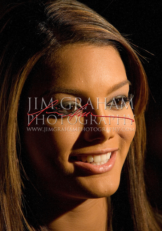 """Miss Universe 2006 Zuleyka Rivera poses for photographers before the """"Rolling with Style"""" gala, a fashion fundraising event benefiting womens health and spinal cord research in New York, Tuesday, Feb.Tuesday, Fe. 6, 2007, in New York City, NY.(Photograph by Jim Graham)."""