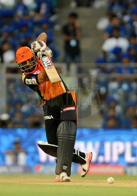 Ravi Bopara of Sunrisers Hyderabad bats during match 23 of the Pepsi IPL 2015 (Indian Premier League) between The Mumbai Indians and The Sunrisers Hyferabad held at the Wankhede Stadium in Mumbai India on the 25th April 2015.<br /> <br /> Photo by:  Pal Pillai / SPORTZPICS / IPL