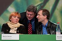 30 NOV 2003, DRESDEN/GERMANY:<br /> Claudia Roth, MdB, B90/Gruene, ehem. Bundesvorsitzende, Reinhard Buetikofer, B90/Gruene, Bundesvorsitzender, und Volker Beck, MdB, B90/Gruene, Parl. Geschaeftsfuehrer der BT-Fraktion, (v.L.n.R.), im Gespraech, <br /> 22. Ordentliche Bundesdelegiertenkonferenz Buendnis 90 / Die Gruenen, Messe Dresden<br /> IMAGE: 20031130-01-040<br /> KEYWORDS: Bündnis 90 / Die Grünen, BDK, Reinhard Bütikofer<br /> Parteitag, party congress, Bundesparteitag