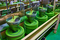Japon, île de Honshu, région de Kansaï, Uji, usine de thé, moulin à matcha // Japan, Honshu island, Kansai region, Uji, tea factory, matcha tea mill