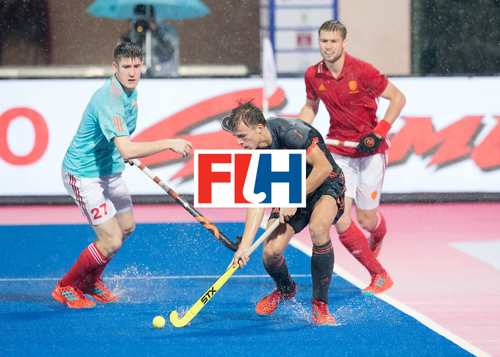 Odisha Men's Hockey World League Final Bhubaneswar 2017<br /> Match id:17<br /> England v Netherlands<br /> Foto: Thijs van Dam (Ned) mist voor open doel.<br /> COPYRIGHT WORLDSPORTPICS FRANK UIJLENBROEK