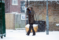 © Licensed to London News Pictures. 10/12/2017. Market Drayton UK. Heavy snow has begun falling this morning in the village of Market Drayton in Shropshire. Photo credit: Andrew McCaren/LNP