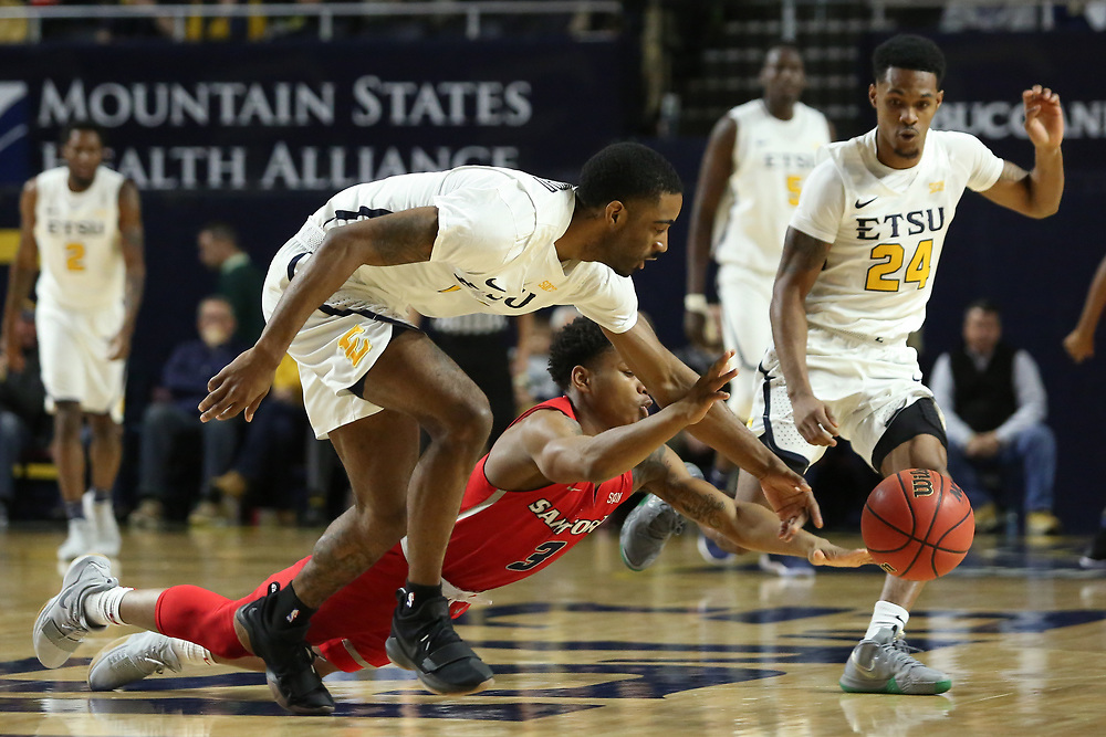 February 1, 2018 - Johnson City, Tennessee - Freedom Hall: ETSU guard Desonta Bradford (1)<br /> <br /> Image Credit: Dakota Hamilton/ETSU