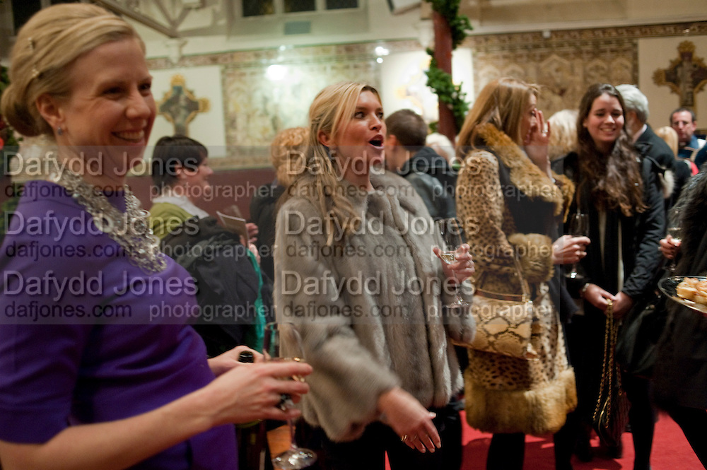 TINA HOBLEY, Reception after Christmas Carol Service in aid of the Haven, Breast Cancer Support Centres. St. Paul's, Knightsbridge. London. 9 December 2010.  -DO NOT ARCHIVE-© Copyright Photograph by Dafydd Jones. 248 Clapham Rd. London SW9 0PZ. Tel 0207 820 0771. www.dafjones.com.