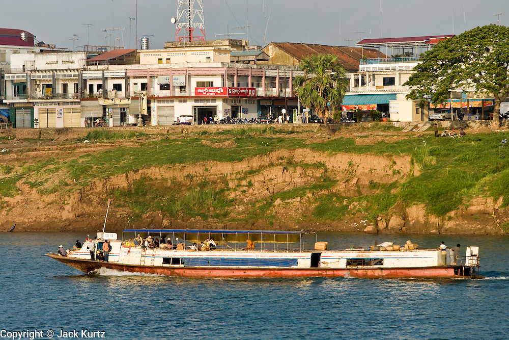 16 MARCH 2006 - KAMPONG CHAM, KAMPONG CHAM, CAMBODIA: The river city of Kampong Cham along the Mekong River in central Cambodia. Photo by Jack Kurtz