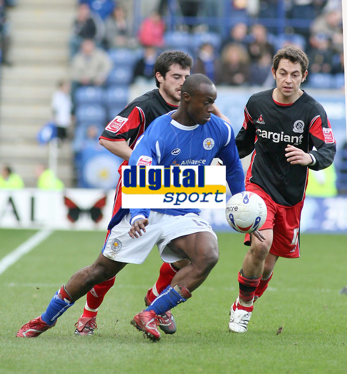 Photo: Mark Stephenson.<br />Leicester City v Queens Park Rangers. Coca Cola Championship. 17/03/2007. Leicester's Elvis Hammond is on the attack