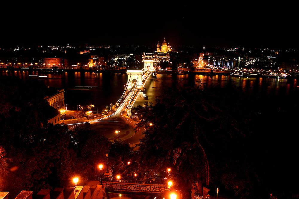 Széchenyi Chain Bridge (Lánchíd) & St. Stephen's Basilica (Szent István-Bazilika), named for Stephen, the first King of Hungary (975–1038),  Budapest, Hungary