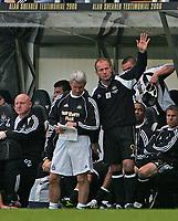 Photo: Andrew Unwin.<br /> Newcastle United v Glasgow Celtic. Alan Shearer Testimonial. 11/05/2006.<br /> Newcastle's Alan Shearer (R) waves to the fans.