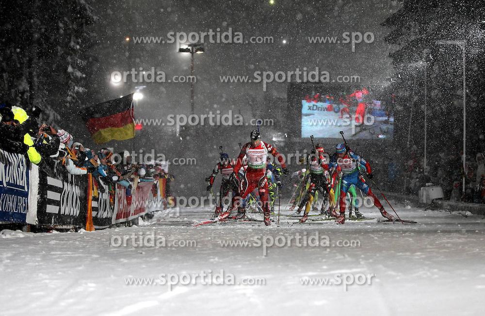 05.01.2012, DKB-Ski-ARENA, Oberhof, GER, E.ON IBU Weltcup Biathlon 2012, Staffel Herren, im Bild das Starterfeld am Birxstieg/ Birxsteig // during relay Mens of E.ON IBU World Cup Biathlon, Thüringen, Germany on 2012/01/05. EXPA Pictures © 2012, PhotoCredit: EXPA/ nph/ Hessland..***** ATTENTION - OUT OF GER, CRO *****