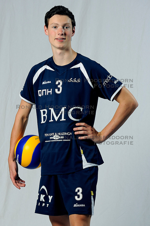 01-09-2011 VOLLEYBAL: PHOTOSHOOT SSS: BARNEVELD<br /> Just Dronkers<br /> &copy;2011-FotoHoogendoorn.nl