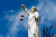 rotterdam - Een beeld van Vrouwe Justitia op een rechtbank dwaling | gerechtelijke | gerechtelijke dwaling | gerechtigheid | justitia | justitie | recht | rechtspraak | uitspraak | vonnis | vrouwe | vrouwe  2016 | afbeelding | afweging | beeld | blinddoek | criminaliteit | eerlijk | eerlijkheid | gelijkheid | gerechtigheid | gerechtshof | godin | griekse | holland | justitia | justitie | kunstwerk | misdaad | misdrijf | nederland | onbevooroordeeld | personificatie | proces | recht | rechtbank | rechtsgang | rechtspraak | rechtstaat | romeinse | standbeeld | symboliek | symbolisch | symbool | tegenhangster | themis | vertrouwen | vonnis | vrouwe | weegschaal | zwaardcopyright robin utrecht