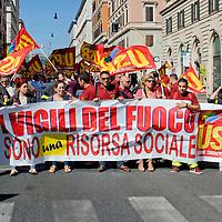 Manifestazione contro il semestre europeo del premier Renzi