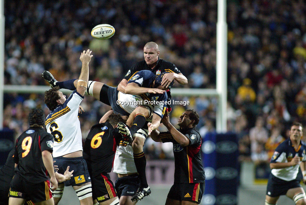 8 May 2004, Rebel Sport Super 12, Chiefs vs Brumbies, Waikato Stadium, Hamilton, New Zealand.<br /> Keith Robinson &amp; Mark Chisholm<br /> Please credit: Photosport