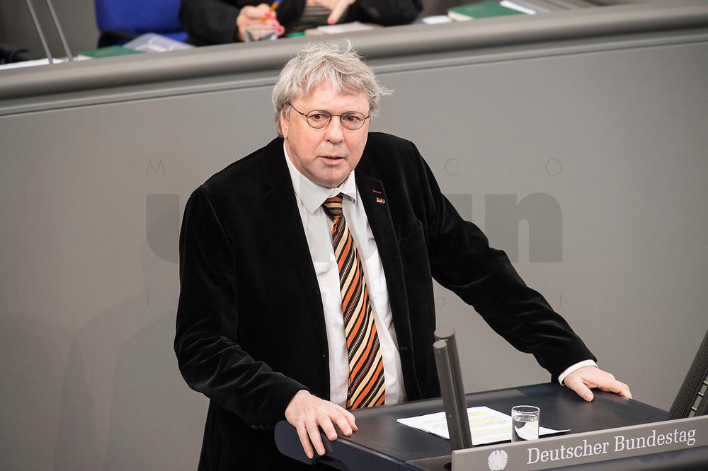 24 MAR 2017, BERLIN/GERMANY:<br /> Uwe Schummer, MdB, CDU, waehrend der Bundestagesdebatte zum Teilhabebericht der Bundesregierung 2016, Plenum, Deutscher Bundestag<br /> IMAGE: 20170324-01-034
