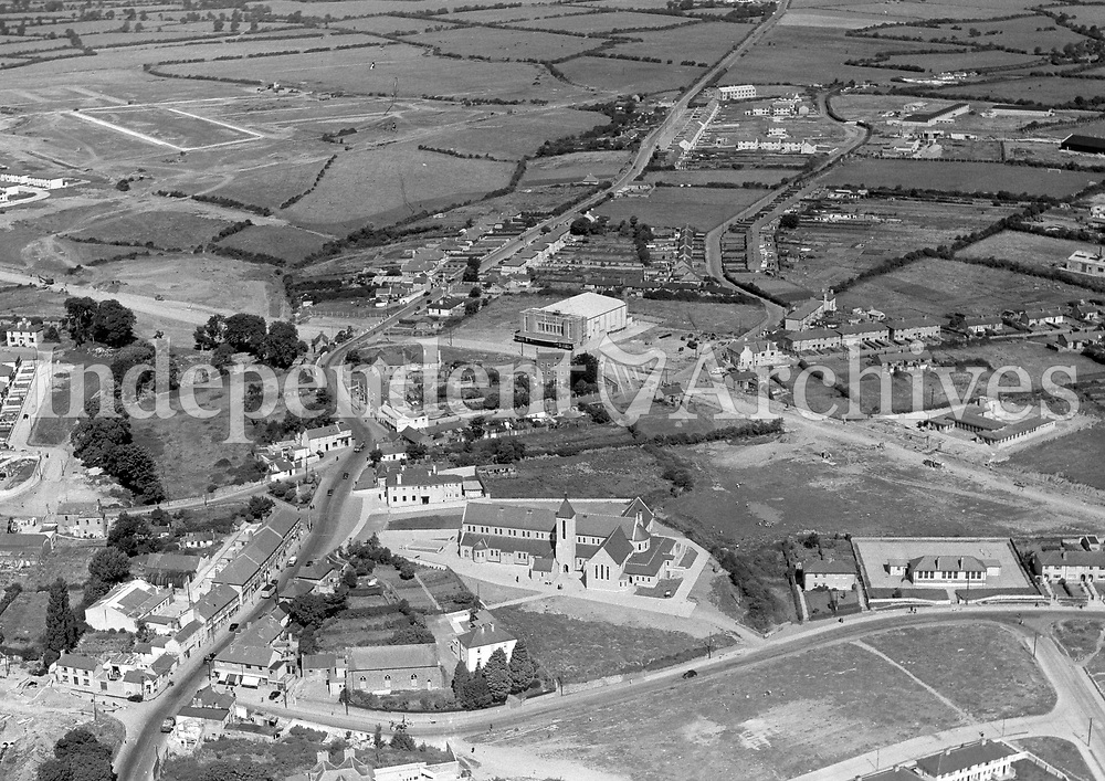 (Part of the Independent Newspapers Ireland/NLI collection.)<br /> Aerial view of Finglas 7/8/1957
