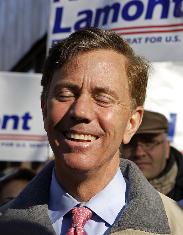 WATERBURY, CT -  NOVEMBER 4:  Democratic Senate candidate Ned Lamont speaks to supporters November 4, 2006 in Waterbury, Connecticut. Lamont is in a tight race against incumbent Sen. Joe Lieberman (D-CT).  (Photo by Bob Falcetti/Getty Images)